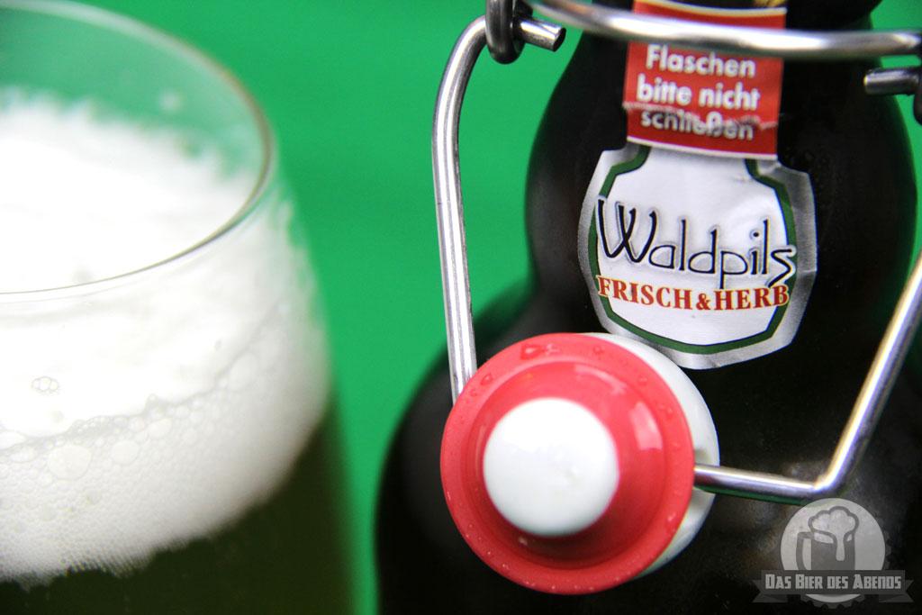 bügelflasche, dachsenfranz, waldpils, biertest, bier, zuzenhausen, biermanufaktur